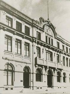 Ex Escuela de Farmacia de la Universidad de Concepción Arquitectos Edmundo Enríquez del Pozo y Arnoldo Michaelsen  1922 - 1926