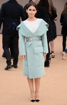 Miroslava Duma au défilé Burberry Fashion Week de Londres : les people du premier rang | Glamour