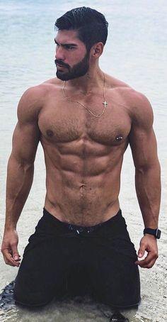 Handsome man and looks good =) Hairy Hunks, Hairy Men, Bearded Men, Hunks Men, Hot Men, Hot Guys, Scruffy Men, Handsome Man, Hommes Sexy