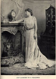 """c. 1900 Actress Lily Langtry in Gown by House of Worth.    From the book """"A Century of Fashion"""" by Jean Philippe Worth, 1928."""