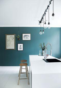 Feels like Picassos's kitchen during the Blue Period. // In dieser Küche fühlt man sich der Blauen Phase Picassos nahe. #enjoysiemens