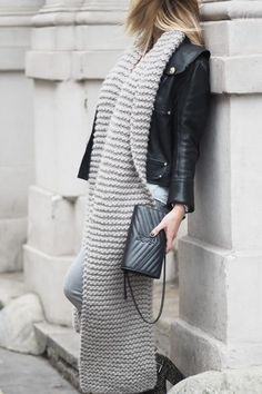 Grey Scarf, Oversized Scarf, Chunky Scarves, Balmain Leather Jacket, I Love Mr Mittens, How To Wear Scarves, Look Cool, Winter Fashion, Knitting