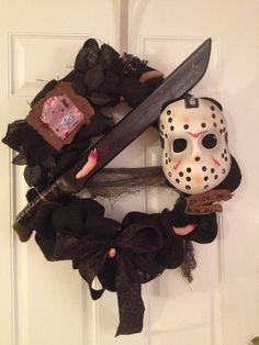 Friday the 13th jason halloween wreath, so much wants!! <3