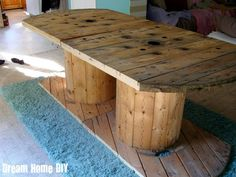 dining room table made from spools!  would like to try the leg room on this first