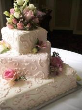 """I LOVE """"Queen of Cakes"""".  Beautiful and SOOOO tasty!  Our guests said they've never tasted such yummy cake."""