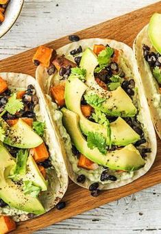 Business Cookware Ought To Be Sturdy And Sensible Easy Vegetarian Sweet Potato And Black Bean Tacos More Healthy Mexican-Inspired Fall Recipes On Avocado Recipes, Veggie Recipes, Fall Recipes, Mexican Food Recipes, Healthy Recipes, Avocado Ideas, Cilantro Recipes, Vegetarian Tacos, Vegetarian Recipes Dinner