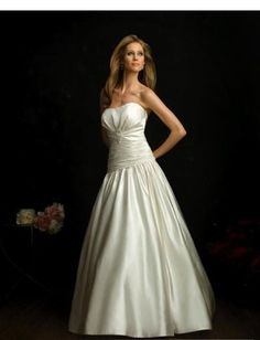 US $274.99 | -back  strapless ball gown with a sparkling brooch chapel length train Wedding Dresses WD-11153