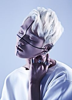 Seo Kyeongdeok by Lee Suk Hyang lines, hair, bold, accessories Foto Fashion, Fashion Art, Fashion Design, Gothic Fashion, Steampunk Fashion, Modern Fashion, Fashion Brands, Portrait Inspiration, Hair Inspiration
