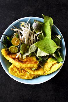 VIETNAMESE PANCAKES AKA BÁNH XÈO // TOPPED WITH SPICY PONZU  http://chayvert.com/2015/04/06/vietnamese-pancakes-aka-banh-xeo-topped-with-spicy-ponzu/