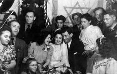 Taken in Rishon Lezion, Israel, this image depicts two Holocaust survivors at their wedding. The bride (center), is named Chana Keller, and she survived a 800 km mile) death march. I can't even image the happiness being depicted in this picture. Jewish History, History Major, Ww2 History, Study History, History Photos, Holocaust Survivors, Lest We Forget, Korean War, British Army