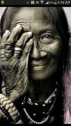 Native Elder beauty...