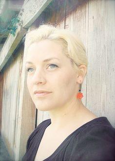 Sarah - Platinum Pixie