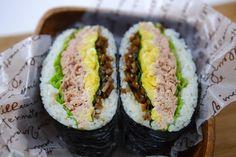 Bento, Tuna And Egg, Onigirazu, Coffee Cafe, Sushi, Lunch Box, Rolls, Cooking Recipes, Diet