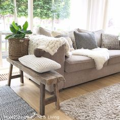 Interieur • Styling • Online shopping • Tuin • IG: mirielle66 • more2style.nl