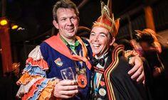 Michel Kouwenhoven , directeur van Optisport Leisure Group en penningmeester carnaval Breda (links op foto) Dresses, Fashion, Carnival, Vestidos, Moda, Fashion Styles, Dress, Fashion Illustrations, Gown