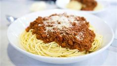Make restaurant-quality spaghetti bolognese in your slow cooker