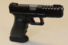 Glock G17 Night Raptor