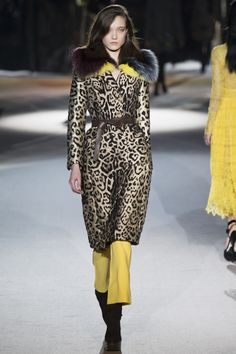 http://www.vogue.com/fashion-shows/fall-2016-ready-to-wear/ermanno-scervino/slideshow/collection
