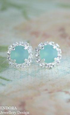 Seafoam earrings | seafoam wedding | beach wedding | bridesmaid earrings | aqua wedding | seaglass | www.endorajewellery.etsy.com | pantone limpet shell |