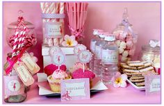 Imagem de http://blog.sassaby.com.au/wp-content/uploads/2013/07/Fairy-Party-Collection-by-Sassaby1.jpg.