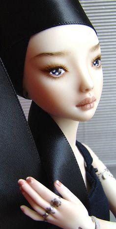 ED FIORI Marina Bychkova, Russian born Canadian based figurative artist and founder of Enchanted Doll™ (luxury toy label of exquisite, porcelain dolls)