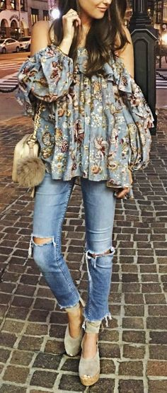 Cold shoulder street chic style.