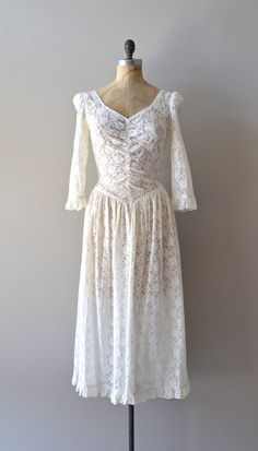 vintage lace dress / 1980s white lace dress / Morning at Night dress