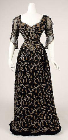 1904   Dress