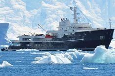 legend-explorer-yacht