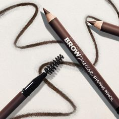 Go from uneven, shapeless brows to scene-stealing brow game in just two steps. Discover your brow game changer with Maybelline Brow Precise.