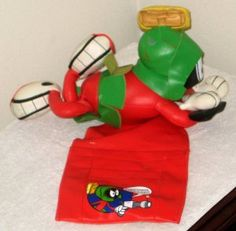 Marvin the Martian Remote Control Holder TV Guide Magazine Looney Tunes 1999 $8