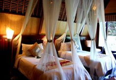 Kupu-Kupu Barong, located in the heart of Bali Indonesia. It is 5 star hotels with Mango tree spa in 3 hectares of lush tropical gardens overlooking spectacular Ayung River valley and rice paddies. A good place to visit this summer.
