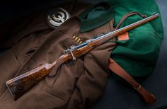 German Master Gunsmith Theo Jung from Lohmar is well-known for his outstanding rifles using Mauser 98 actions. Another typical feature of these rifles are the… Lever Action Rifles, Bolt Action Rifle, Weapons Guns, Guns And Ammo, Scout Rifle, Steampunk Weapons, Custom Guns, Hunting Equipment, Hunting Rifles