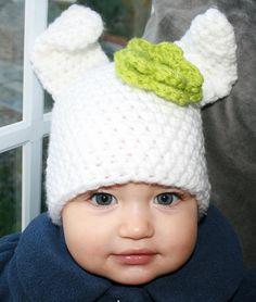 Crochet hat pattern crochet baby bunny rabbit hat by Luz Patterns #crochet bunny hat #crochet pattern