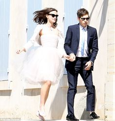 keira knightley's awesome (recycled?) wedding dress