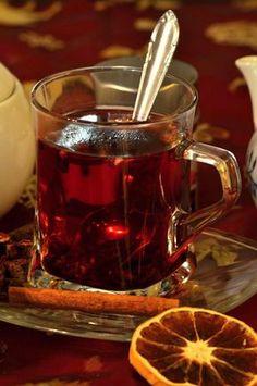 Vánoční punč - opravdu nejlepší vyzkoušený recept na punč. Suroviny: horká voda, červené víno, rum, pomerančová šťáva, hřebíček, skořice ... Dobrou chuť!