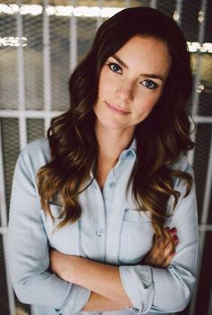 Ashley Stanton Odell (Cindy Busby).