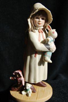 "JAN HAGARA COLLECTABLES PORCELAIN FIGURINE ""BROOKE""MIB #Figurine"