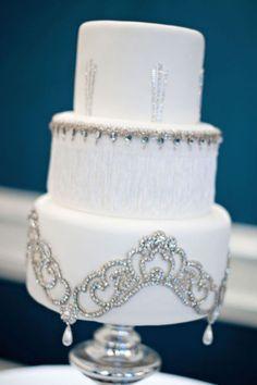 Jeweled Wedding Cake #wedding #weddincake