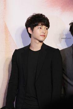 Song Joong Ki 송중기 at the press conference of Nice Guy.