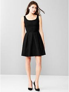 ...and I mean who doesn't need a cute #LBD? Another great deal I scored the other day #gapcash @gap #fashionstaple