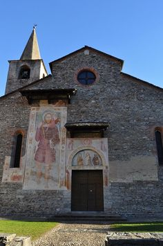 Discover the world through photos. Early Christian, Medieval Art, Kirchen, Switzerland, Community, Architecture, World, House Styles, Art