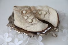 Darling Antique Pair Victorian Button Baby Shoes
