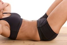Intense abdominal exercises can worsen pelvic floor problems - Physiotherapist video shows how to modify intense abdominal exercises. Two Week Workout, Mommy Workout, Abs Workout For Women, Workout Challenge, Best Abdominal Exercises, Pelvic Floor Exercises, Abdominal Fat, Ab Exercises, Stomach Exercises