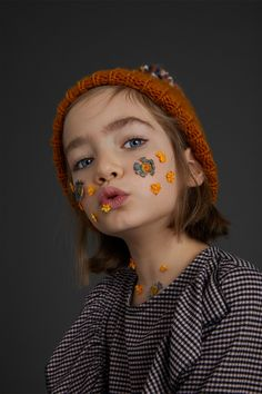 Discover the new ZARA collection online. The latest trends for Woman, Man, Kids and next season's ad campaigns. Zara Kids, Children Photography, Portrait Photography, Cute Kids, Cute Babies, Kids Studio, Kid Poses, Kids Fashion Boy, Kid Styles