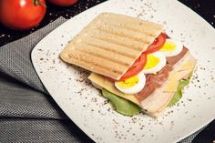 Toasted sandwiches are healthy, delicious and make easy to-go meals! They can be perfect for lunch on a busy day at work!