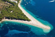 Zlatni Rat Beach Croatia - 12 Secret Beaches in Europe you should add to your bucket list Dubrovnik, Best Beaches In Europe, Beaches In The World, Croatia Itinerary, Croatia Travel, Croatia Destinations, Les Bahamas, Les Philippines, Honeymoon On A Budget