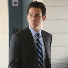 FBI Special Agent James Aubrey follows Booth, whom he is supposed to keep out of trouble.