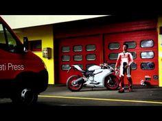NEW!!!     Ducati 899 Panigale: your road to the track / la tua strada verso la pista