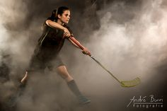 Portrait der schweizerischen Unihockeyspielerin Carena Fischer / Portrait of the Swiss Floorball pla by André Burri on 500px